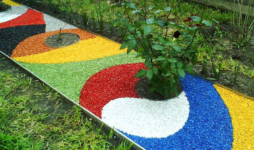 Как сделать садовые дорожки цветными